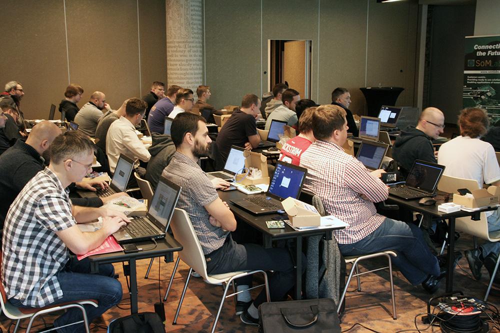 Hands-on Linux Academy – Interfejsy komunikacyjne w przykładach
